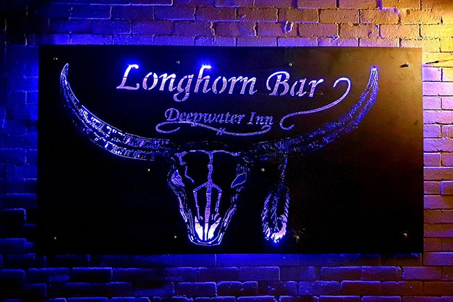 The Longhorn Bar & Grill Deepwater